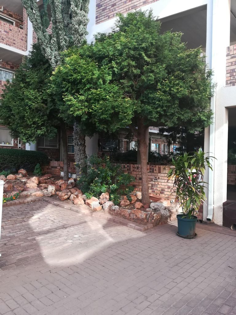 3 Bedroom Apartment For Sale in Horison View